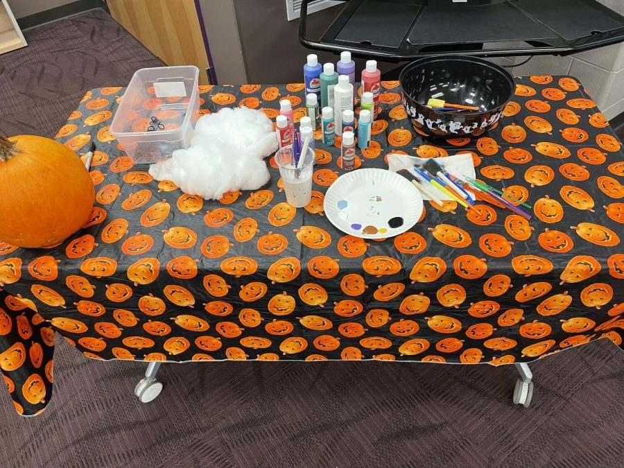 Pumpkin Contest Begins!